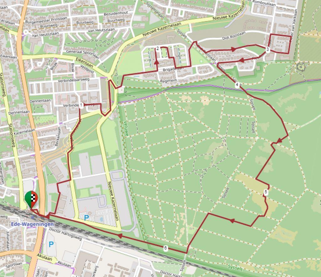 Kaart met wandelroute garnizoensstad Ede